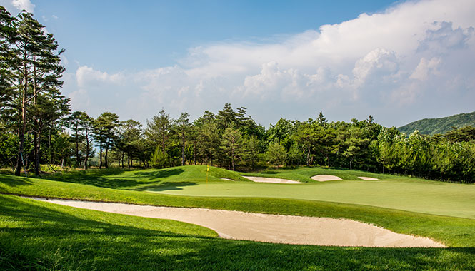 a panorama of Hole2 1